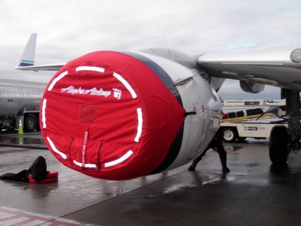Boeing 737-800 NG Intake Cover: