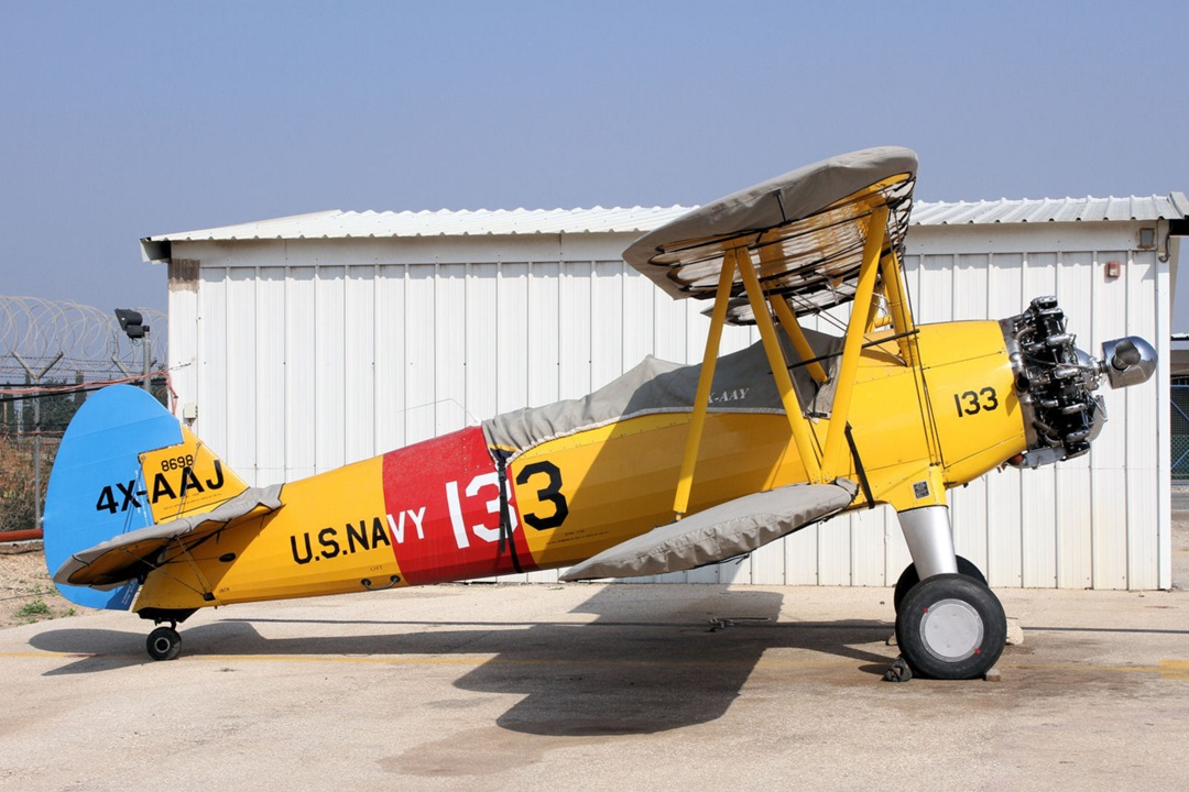 Stearman Trainer: PT-13, PT-17, N2S-1-5, A75, E75, etc