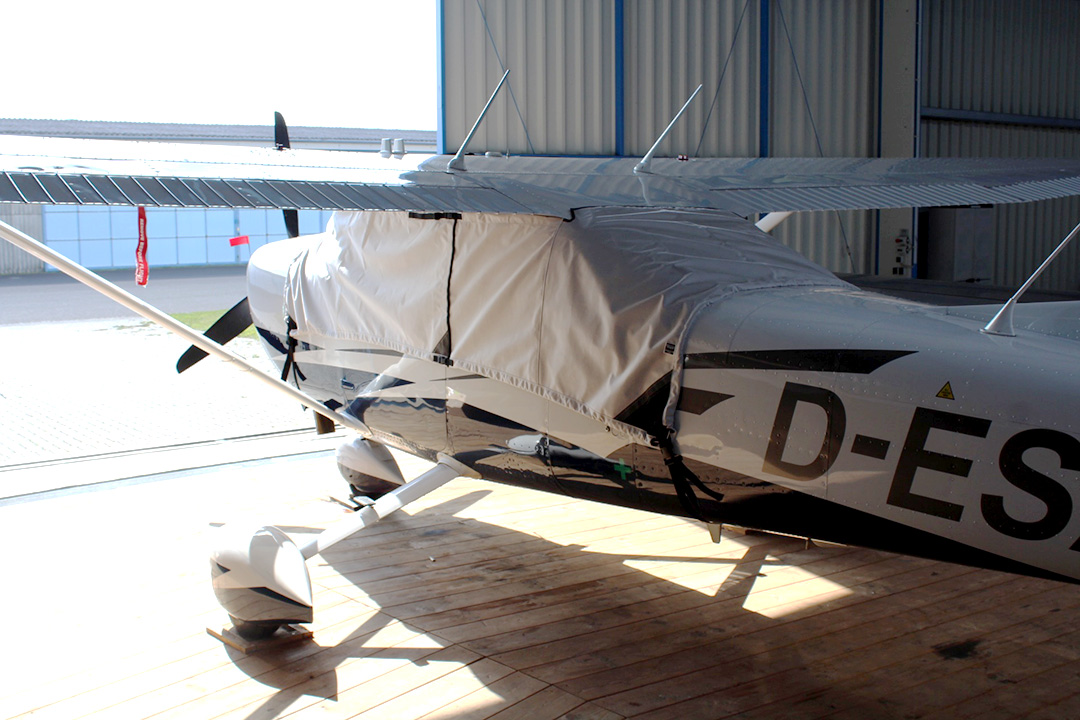Cessna 206 Stationair: Covers, Plugs, Sun Shades, & more