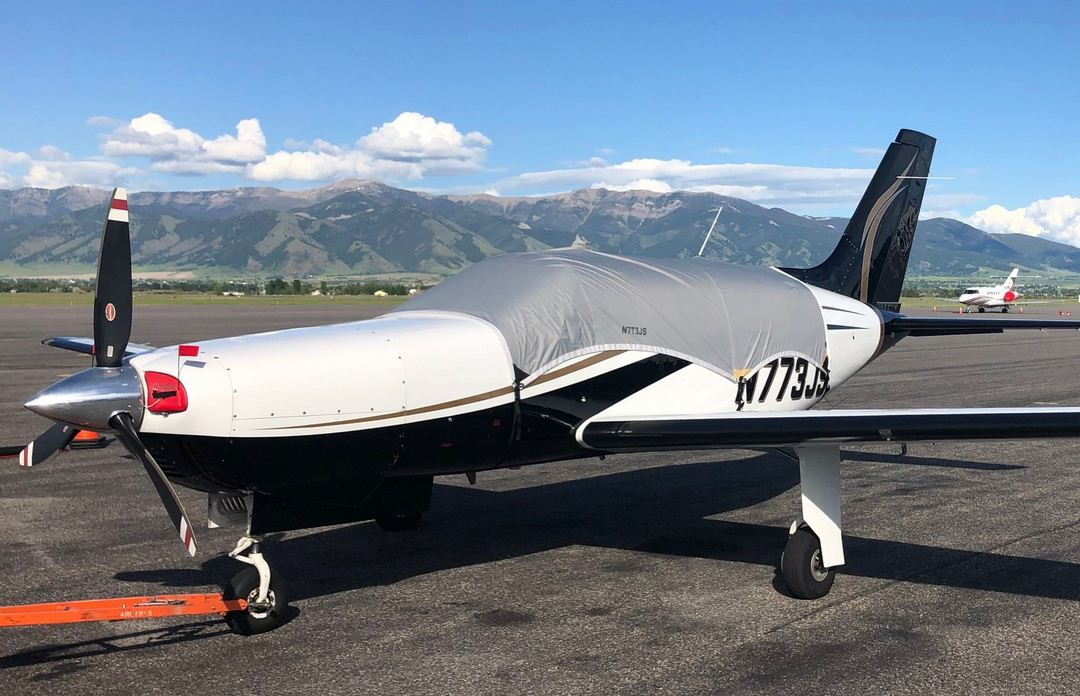 Piper PA-46 Malibu Mirage Travel Canopy Cover, Engine Plugs