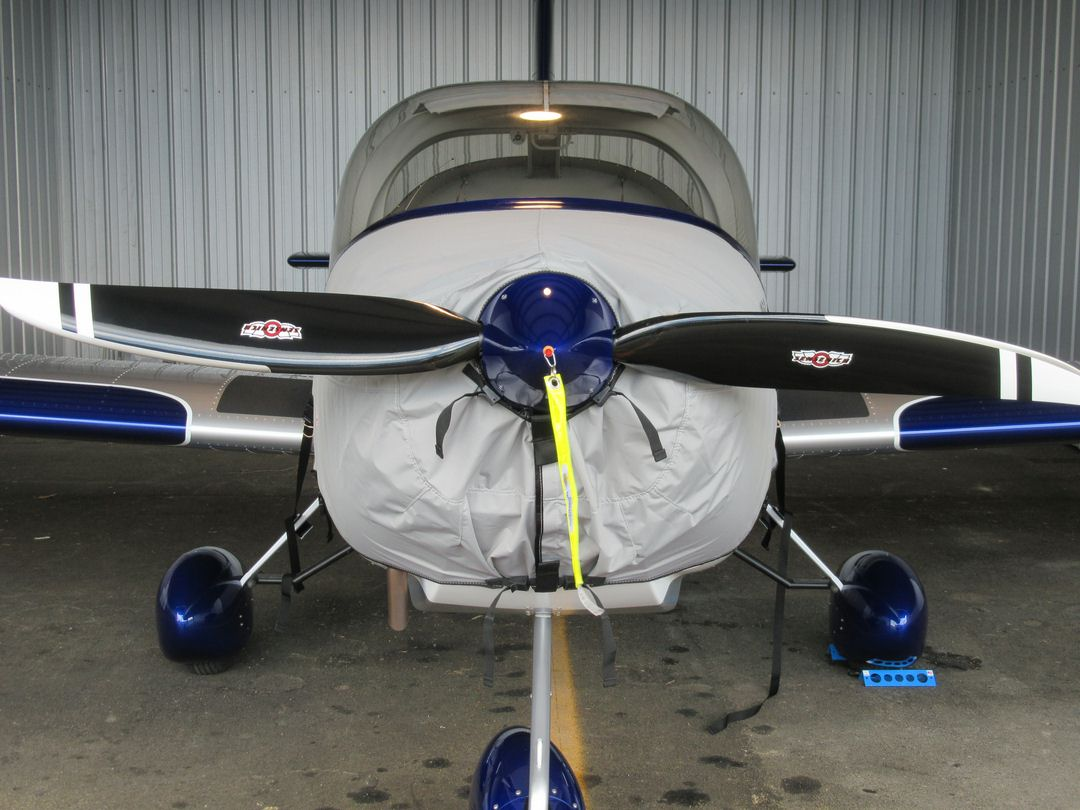Vans RV-12 Engine Cover, partially enclosed